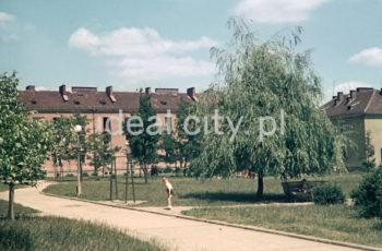 Wandy Estate. Late 1950s. Colour photography.  Osiedle Wandy, koniec lat 50. XX w. Fotografia barwna.  Photo by Wiktor Pental/idealcity.pl