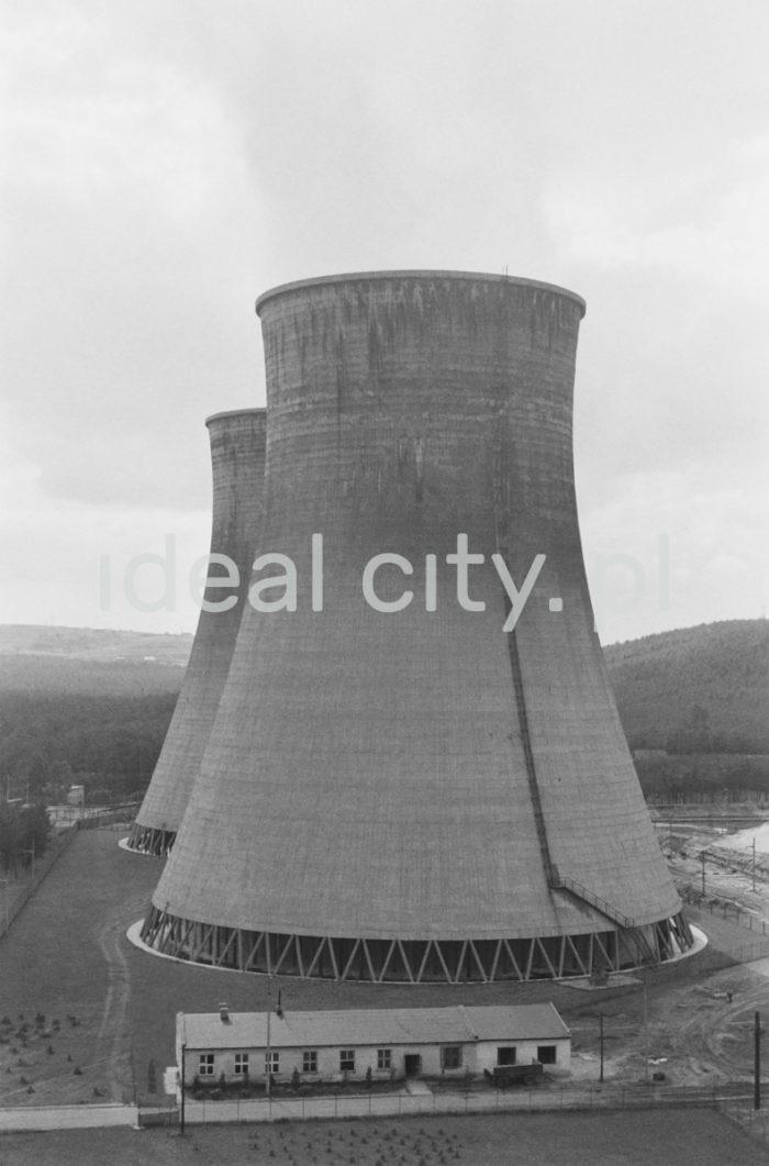 Power Plant in Będzin Łagisza. Ca. 1962.  Elektrownia Będzin Łagisza. Ok. 1962 r.  Photo by Henryk Makarewicz/idealcity.pl