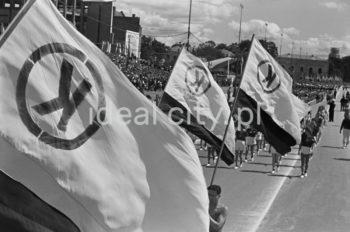 Defilada Tysiąclecia, 22 lipca 1966r., Warszawa.  fot. Henryk Makarewicz/idealcity.pl